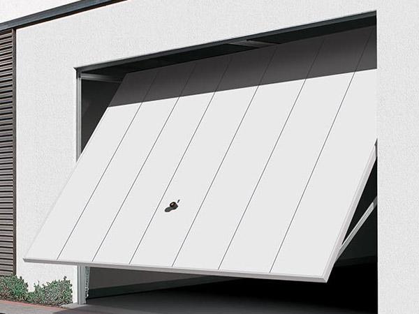 Installazione cancello automatico piacenza salsomaggiore for Quanto costa costruire un garage 24x24